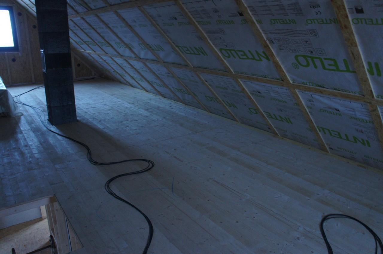 Dachboden mit Dampfsperre